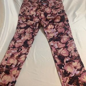 Floral print jeans by Simply Vera Size 12